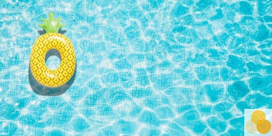 Swimming pool injury picture of pool